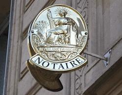 targa del notaio francese