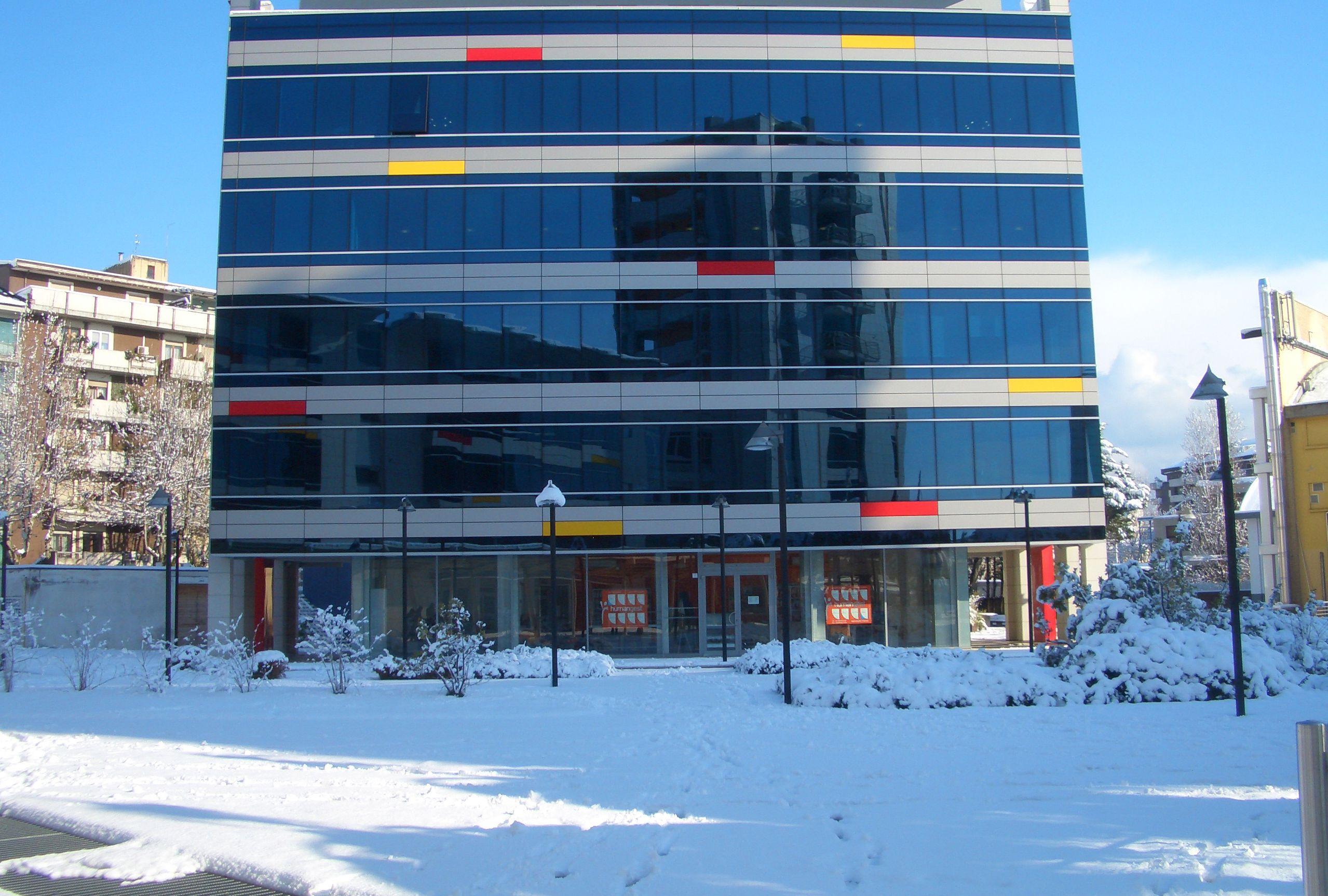 palazzetto-d-ambrosio-piazza-troilo-pescara-neve